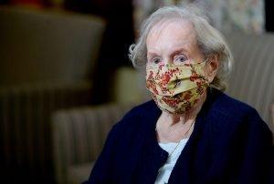 Elderly Maryland women in mask