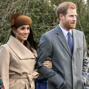Prince Harry and Meghan Markle going to church at Sandringham on Christmas Day 2017. (Wikicommons)